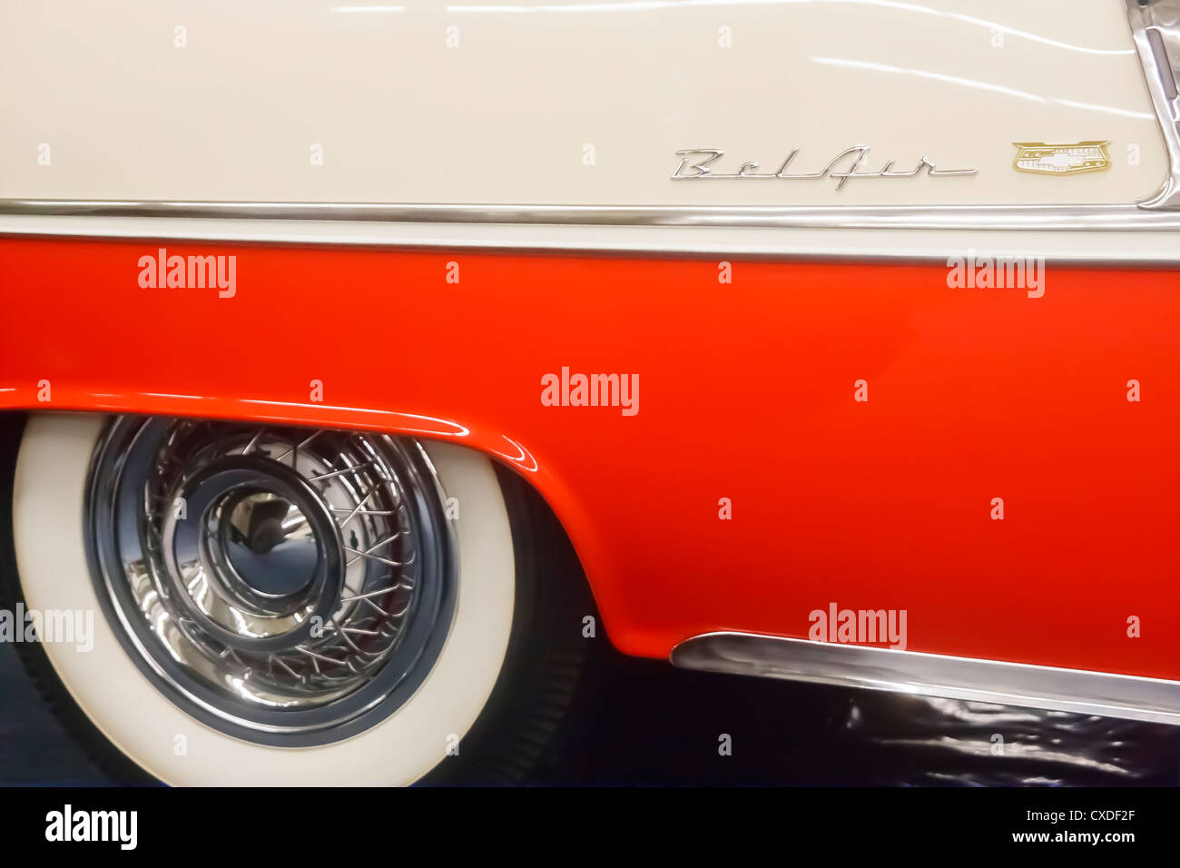 Red and white fender and whitewall tires on a 1957 Bel-Air - Stock Image