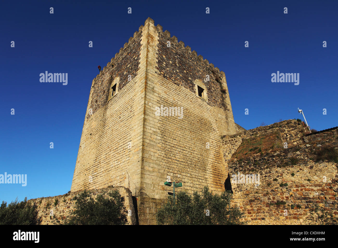 Square stone tower of the 14th century castle, built 1312 to 1327, at the walled city of Castelo de Vide, Alentejo, - Stock Image