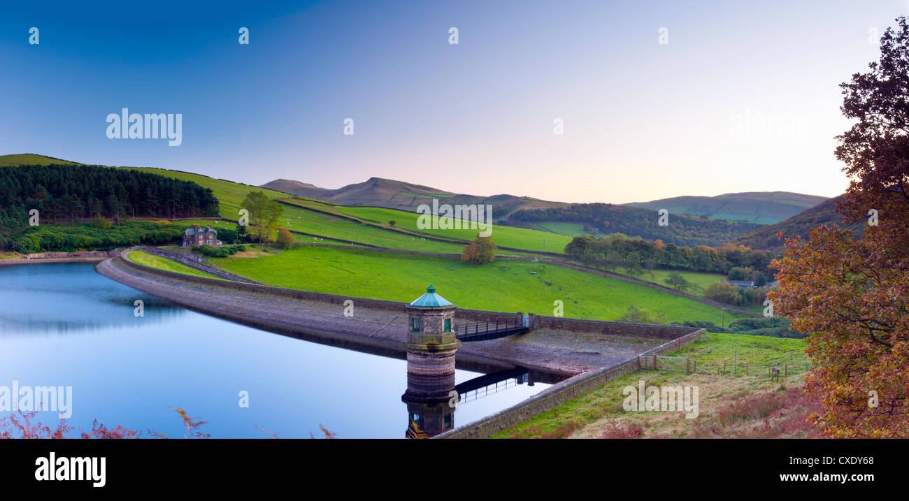 Kinder Reservoir (Hayfield Reservoir), Peak District National Park, Derbyshire, England - Stock Image