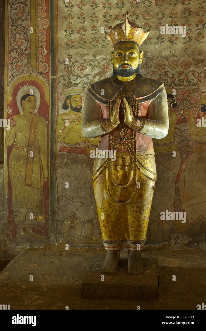 Statue of King Nissanka Malla, 12th century, Dambulla Cave Temple, UNESCO, World Heritage Site, Sri Lanka, AsiaStock Photo
