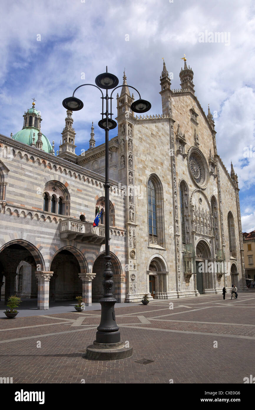 Exterior view of Cathedral in Como town centre, Lake Como, Lombardy, Italian Lakes, Italy, Europe - Stock Image