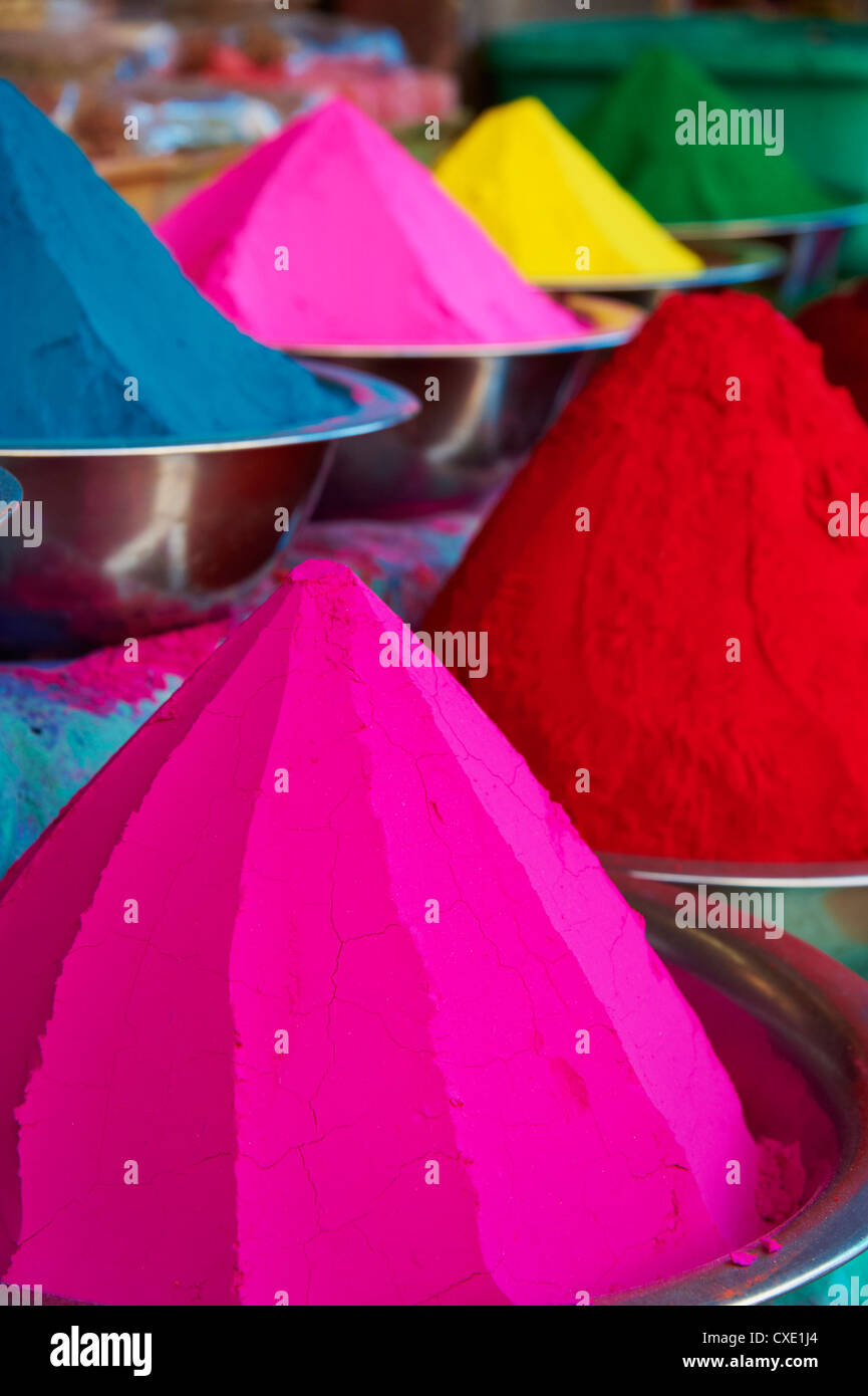 Coloured powders for sale, Devaraja market, Mysore, Karnataka, India, Asia - Stock Image