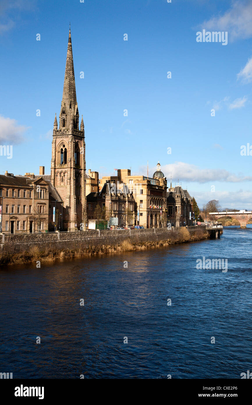 St Matthews Church and the River Tay, Perth, Perth and Kinross, Scotland - Stock Image