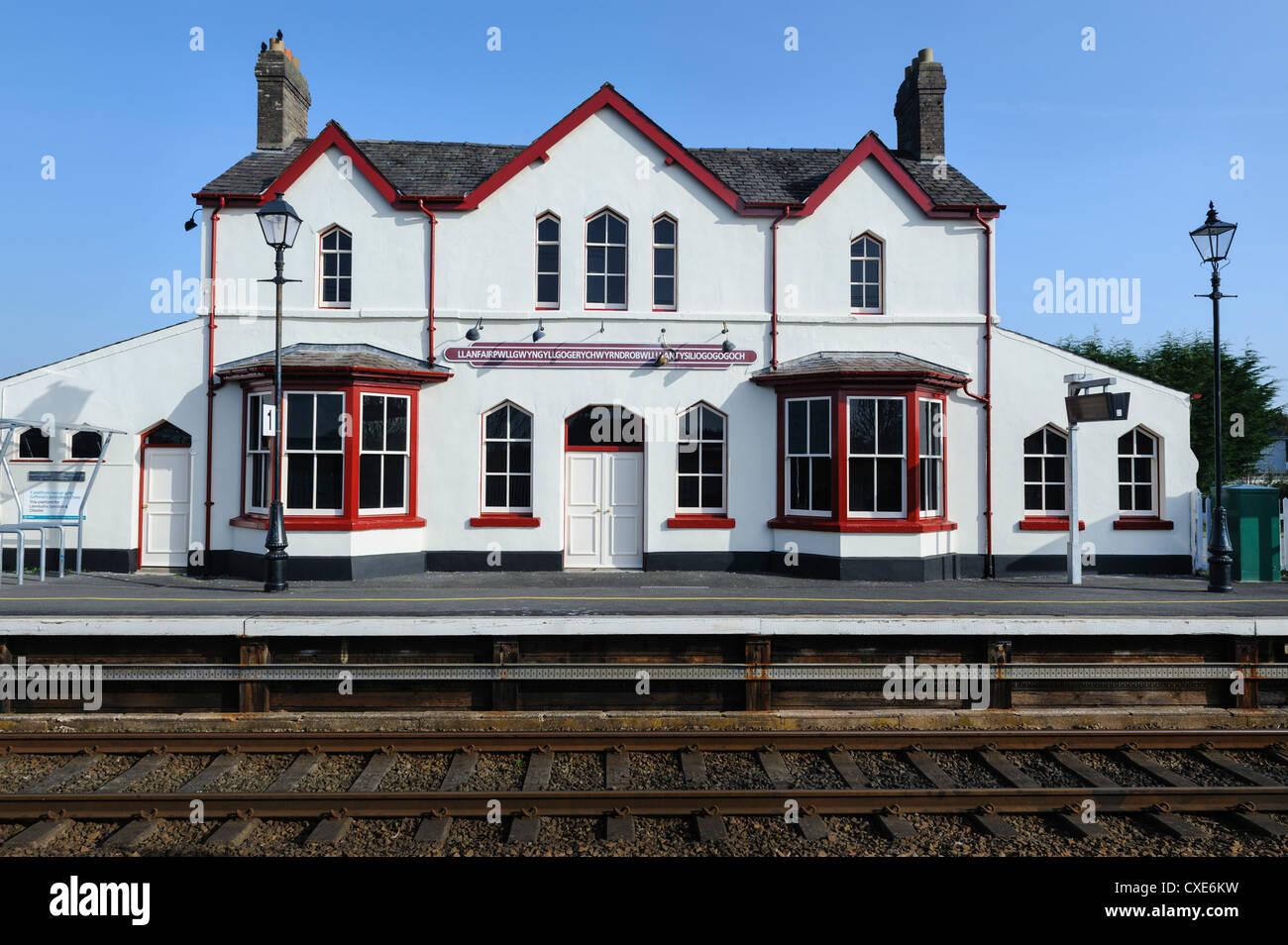 Station building at Llanfairpwllgwyngyllgogerychwyrndrobwllllantysiliogogogoch, Llanfair PG, Anglesey, North Wales, - Stock Image