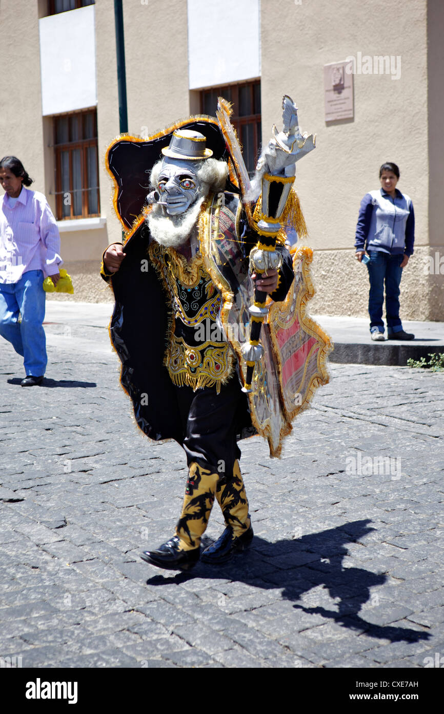 Wedding procession with traditionally dressed Peruvians, Arequipa, peru, South America - Stock Image