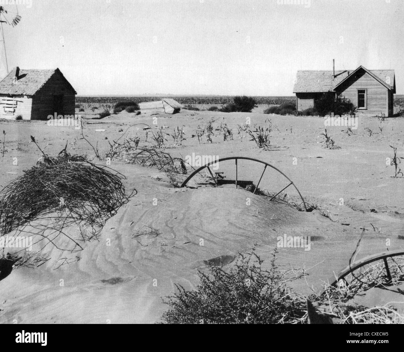 DUST STORM effect on an Oklahoma farm in 1937 from soil blown in from th Great Plains - Stock Image