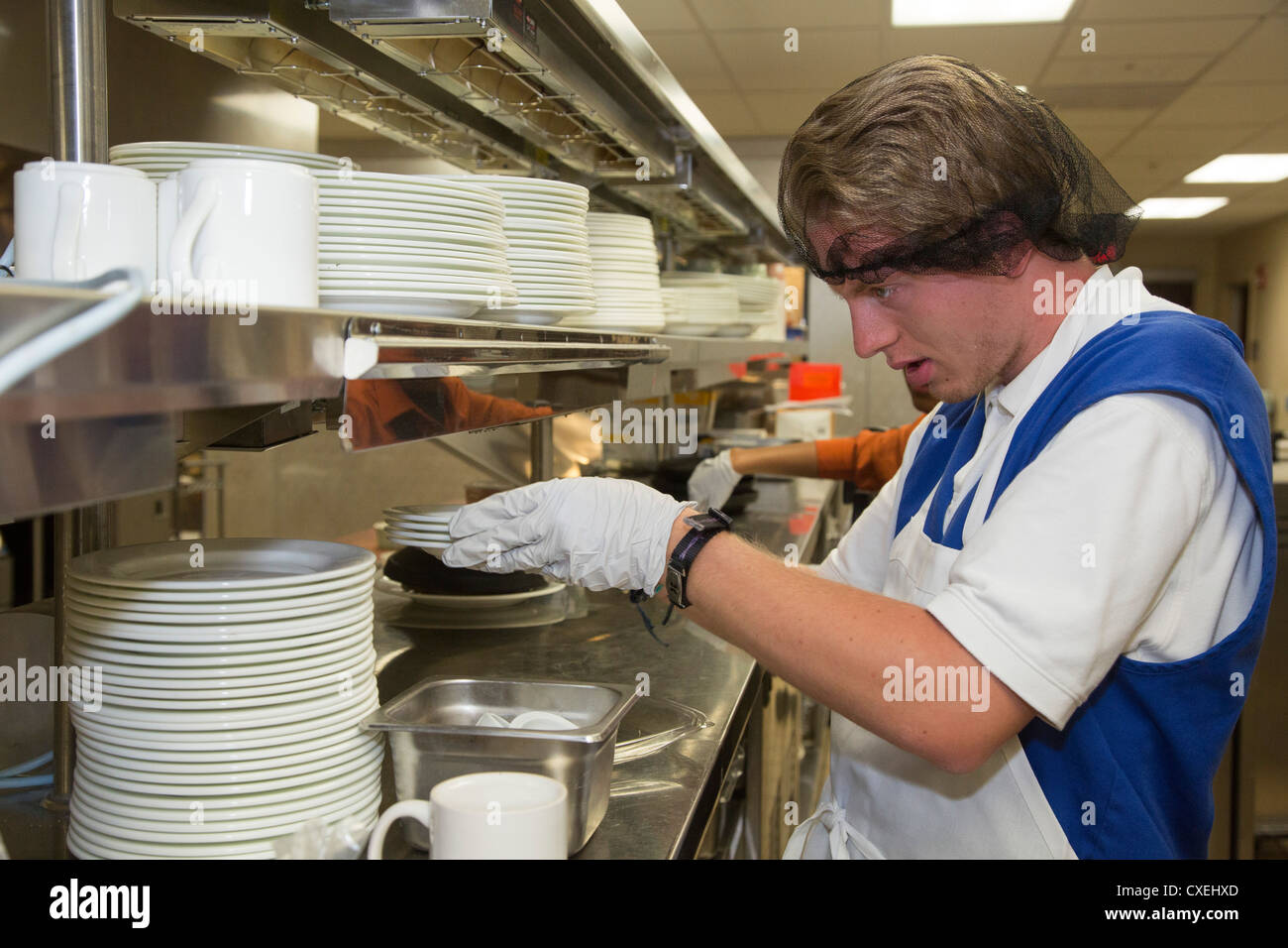 Clean Dishes Stock Photos & Clean Dishes Stock Images - Alamy