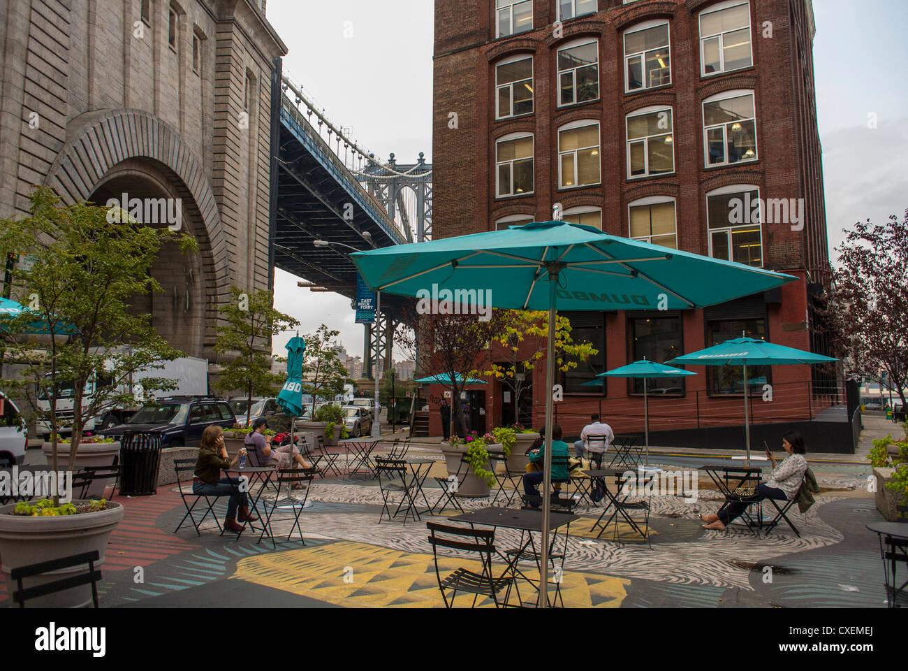 Cafe Manhattan New York Ny