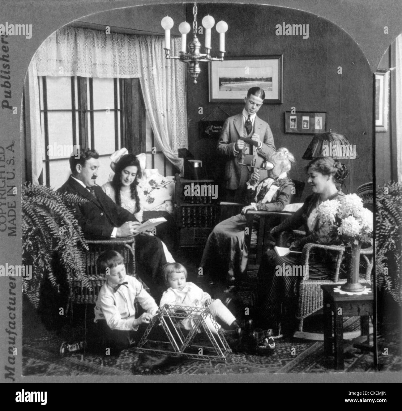 American Family at Home, Circa 1900 Stock Photo: 50725325