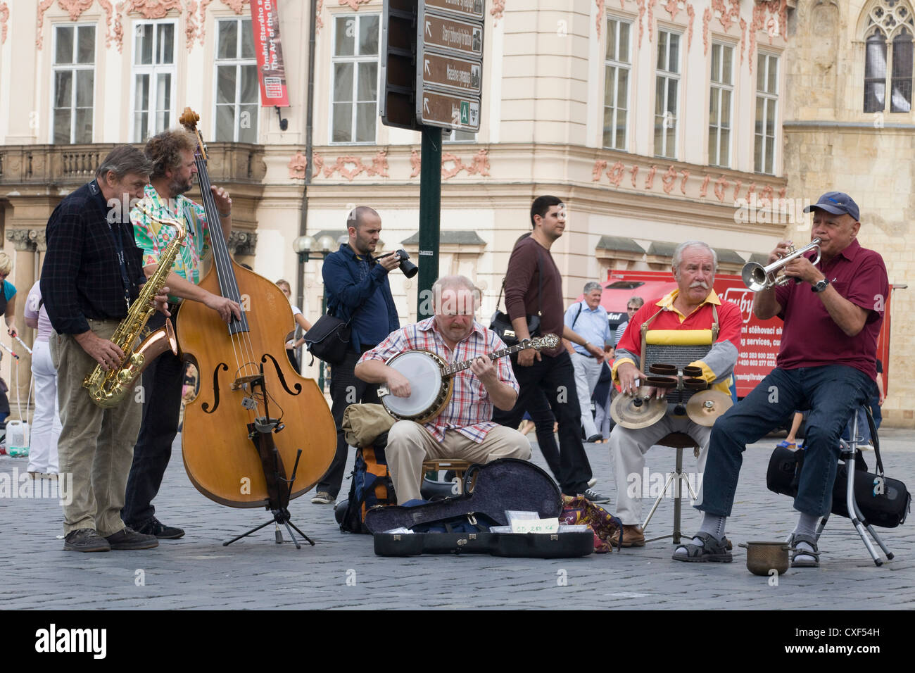 Street Performers Musicians on the streets of Prague - Stock Image