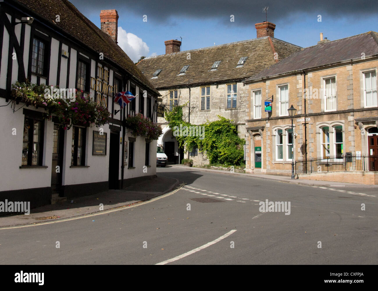 Mere is a small rural town that lies close to the Wiltshire Somerset Dorset border in the south west corner of  - Stock Image