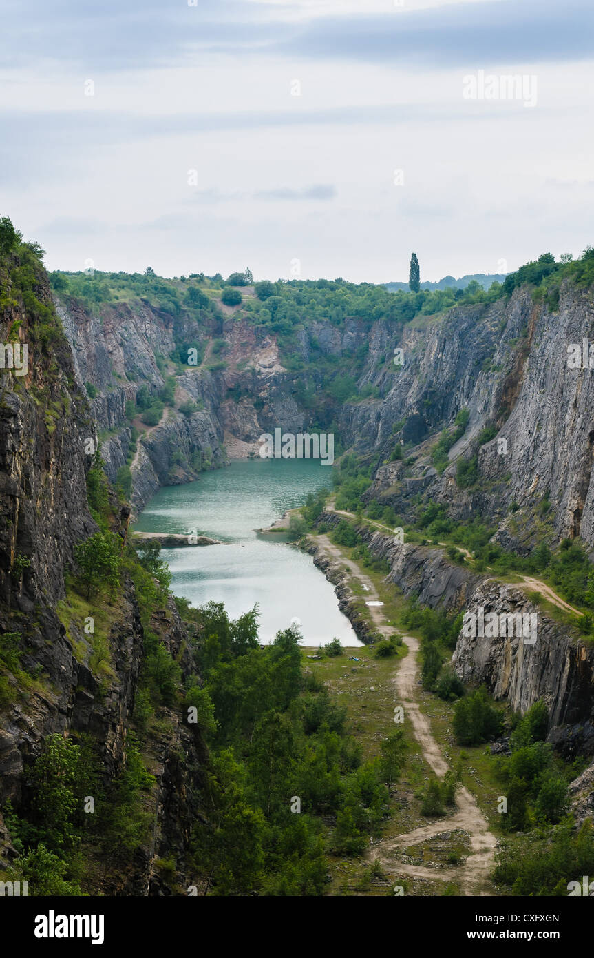 Velká Amerika (Big America, Czech Grand Canyon) a partly flooded, abandoned limestone quarry near Mořina village - Stock Image