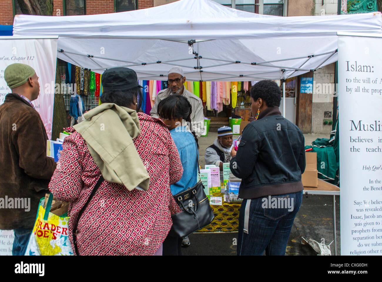 New York City, USA, American Muslims Stall the Brooklyn Street Festival, 'Atlantic Antic', Flea Market, - Stock Image