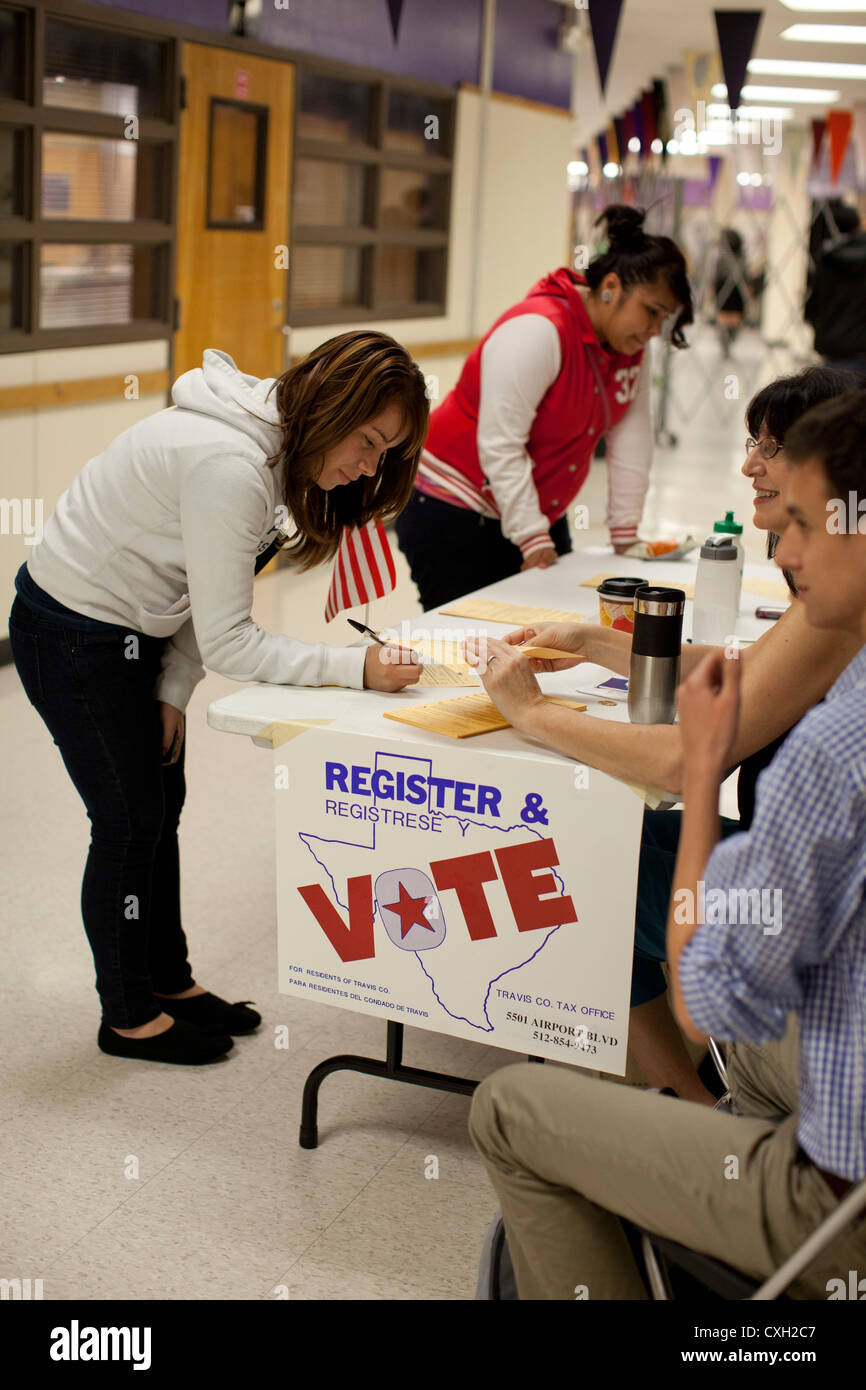 Parent volunteers conduct a voter registration drive for 18-year-olds at High School in Austin, Texas. - Stock Image