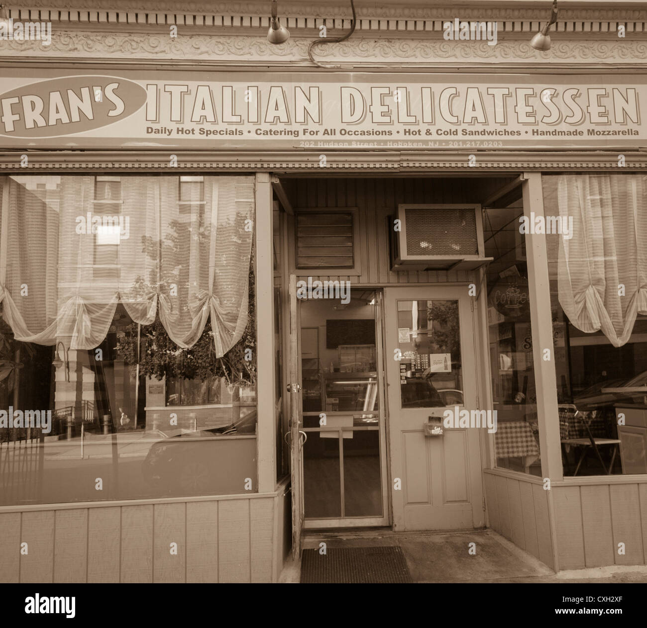 Hoboken Nj Usa Old Americana Store Front Fran S
