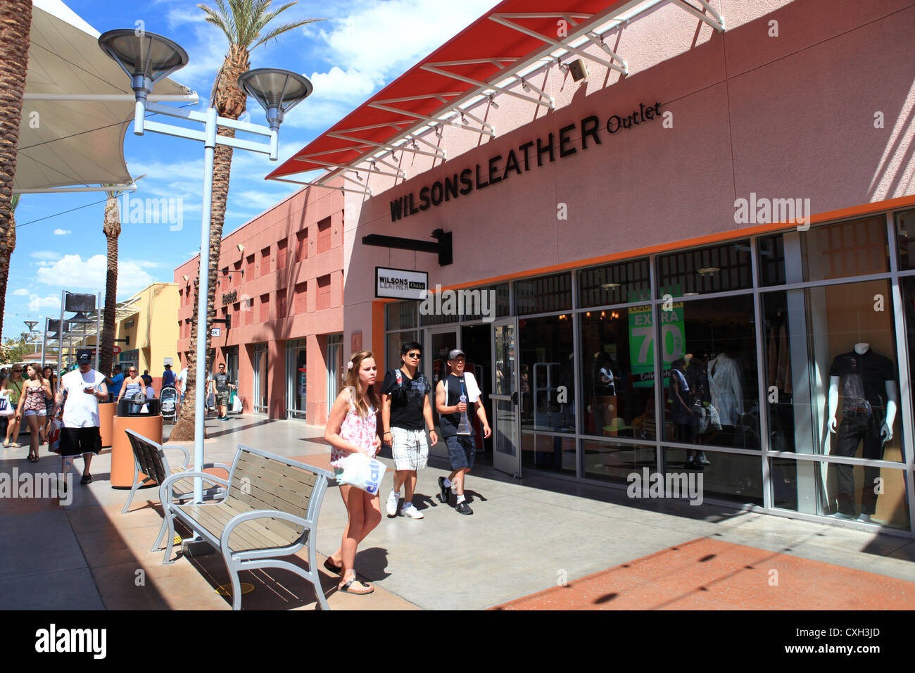Find all of the stores, dining and entertainment options located at Las Vegas North Premium Outlets®.