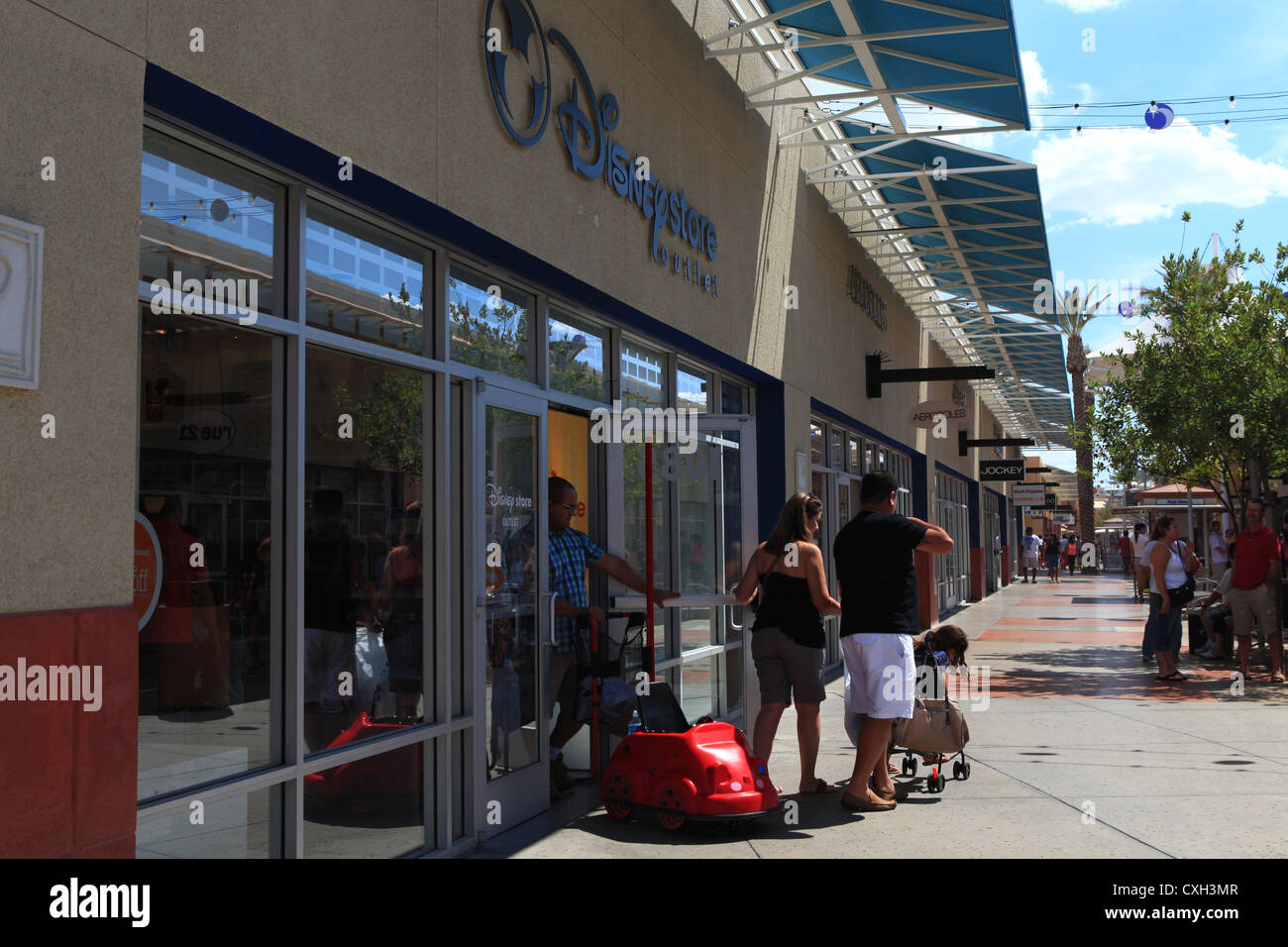 caecdd8dd44c39 Premium Outlet Mall Stock Photos   Premium Outlet Mall Stock Images ...