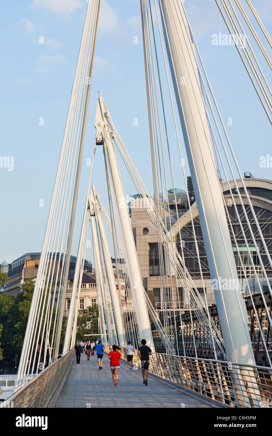 England, London, Embankment, Hungerford Bridge - Stock Image