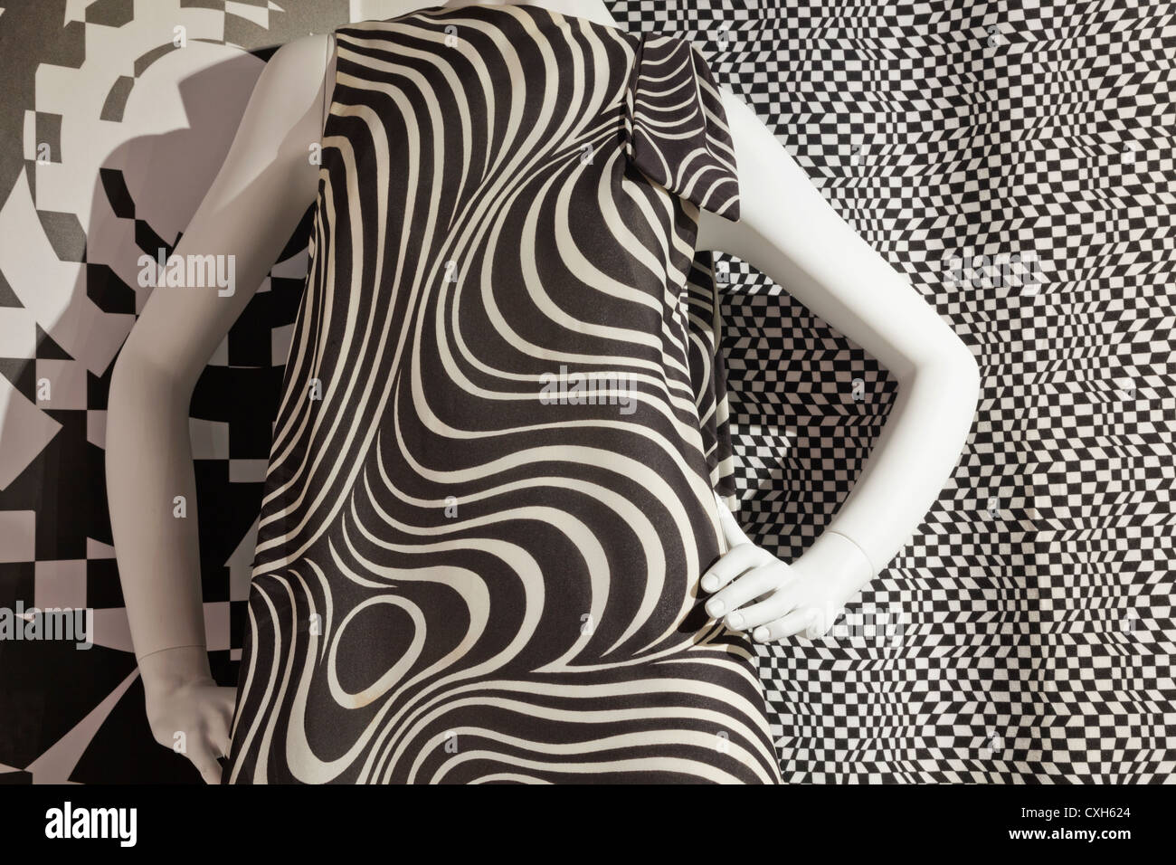 The Fashion and Textile Museum, Exhibit of Short Evening Dress 'Acropolis' from the Berkertex Collection - Stock Image