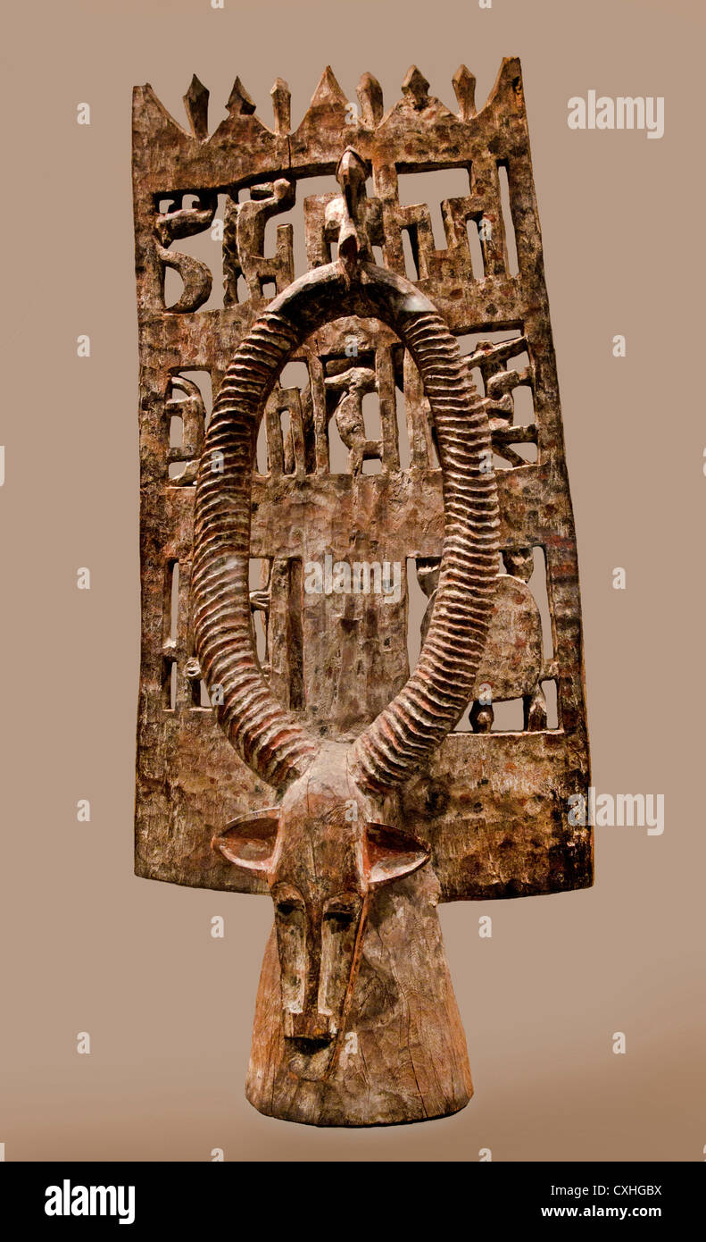 Headdress 19th–mid-20th century northern Côte d'Ivoire Bandama  Bagoé River Senufo peoples Wood 129 - Stock Image