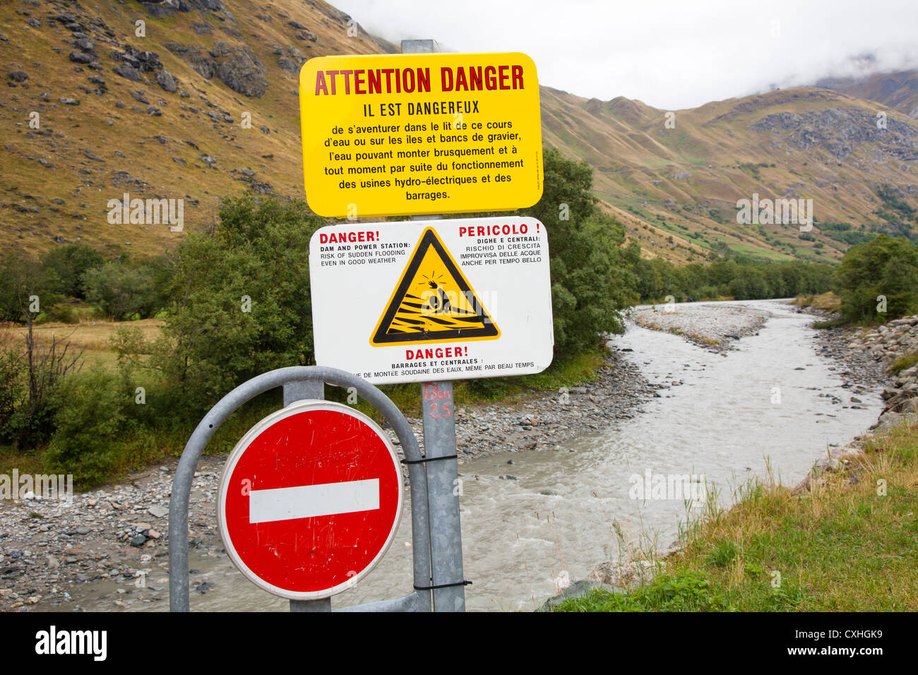 Danger do not swim in water sign due to hydro electricity production - Savoie, France - Stock Image