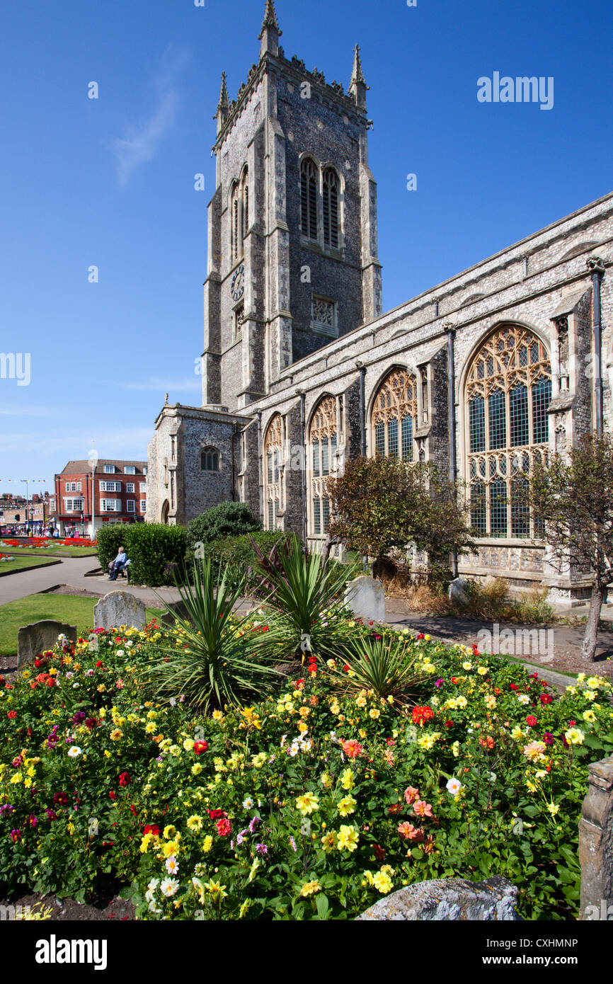 Summer Flowers at the Church of St Peter and St Paul at Cromer Norfolk England - Stock Image