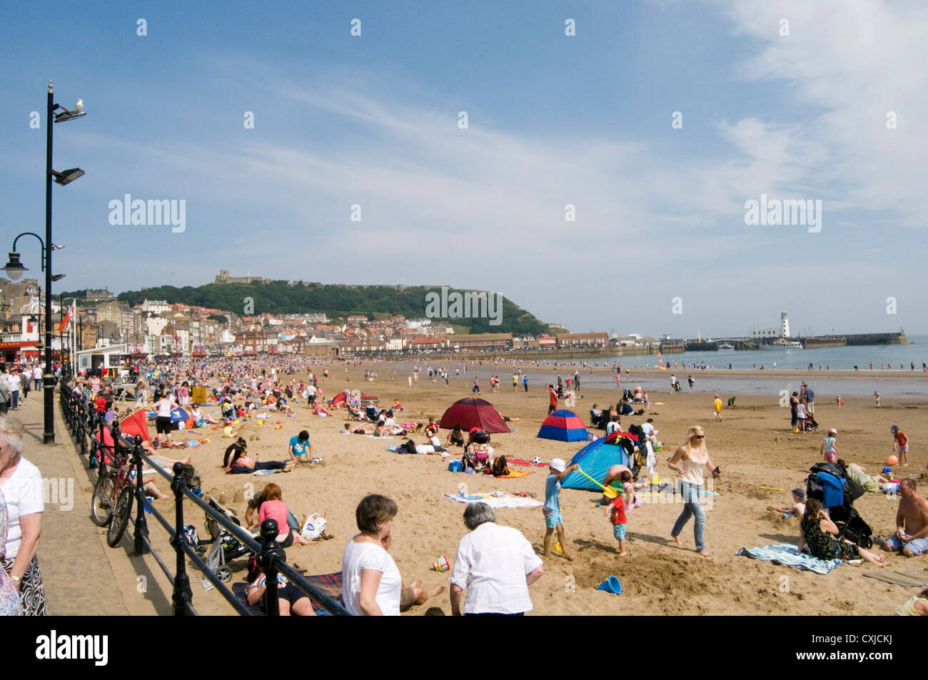scarborough beach north yorkshire uk beaches sea north sand sandy summer warm weather - Stock Image