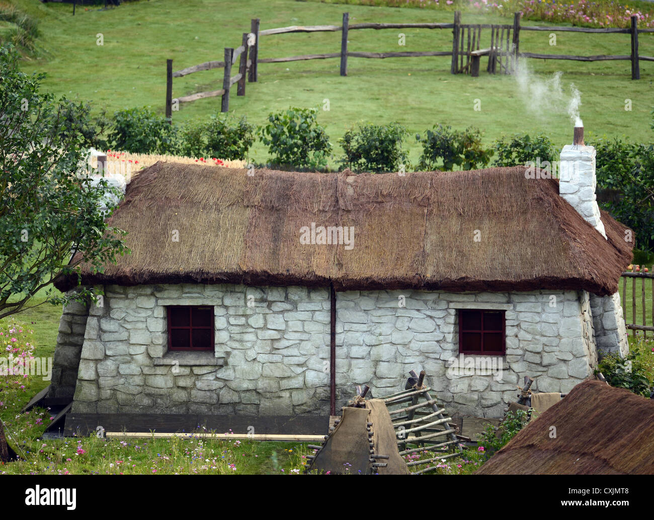 A cottage in 'our green and pleasent land' - Stock Image
