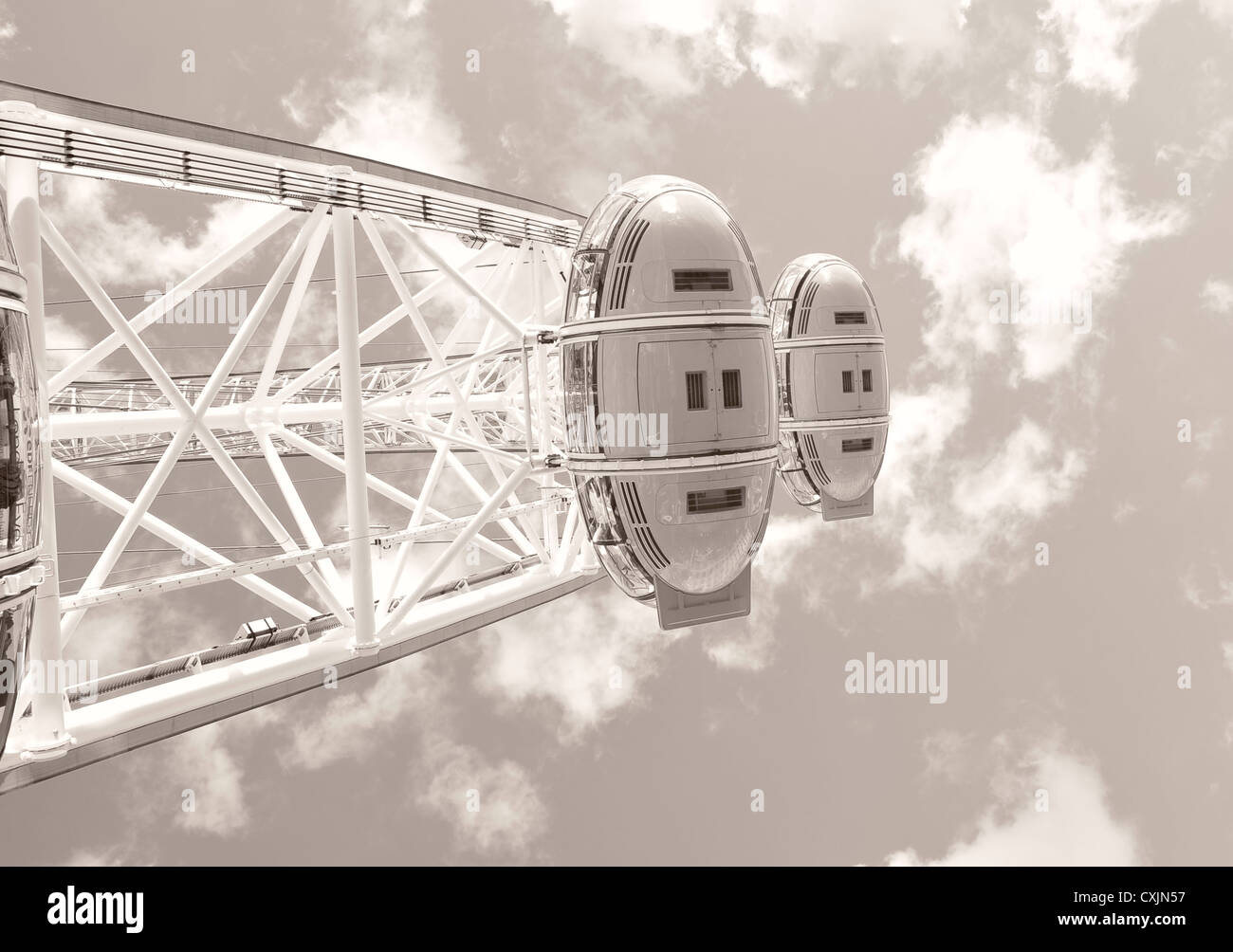London Eye carriage from below - Stock Image