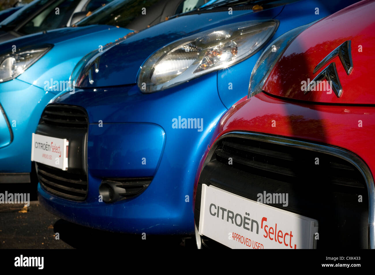 citroen cars,citroen select, citroen,wait,ahead, asphalt,pedestrians business,parked forecourt,garage, - Stock Image