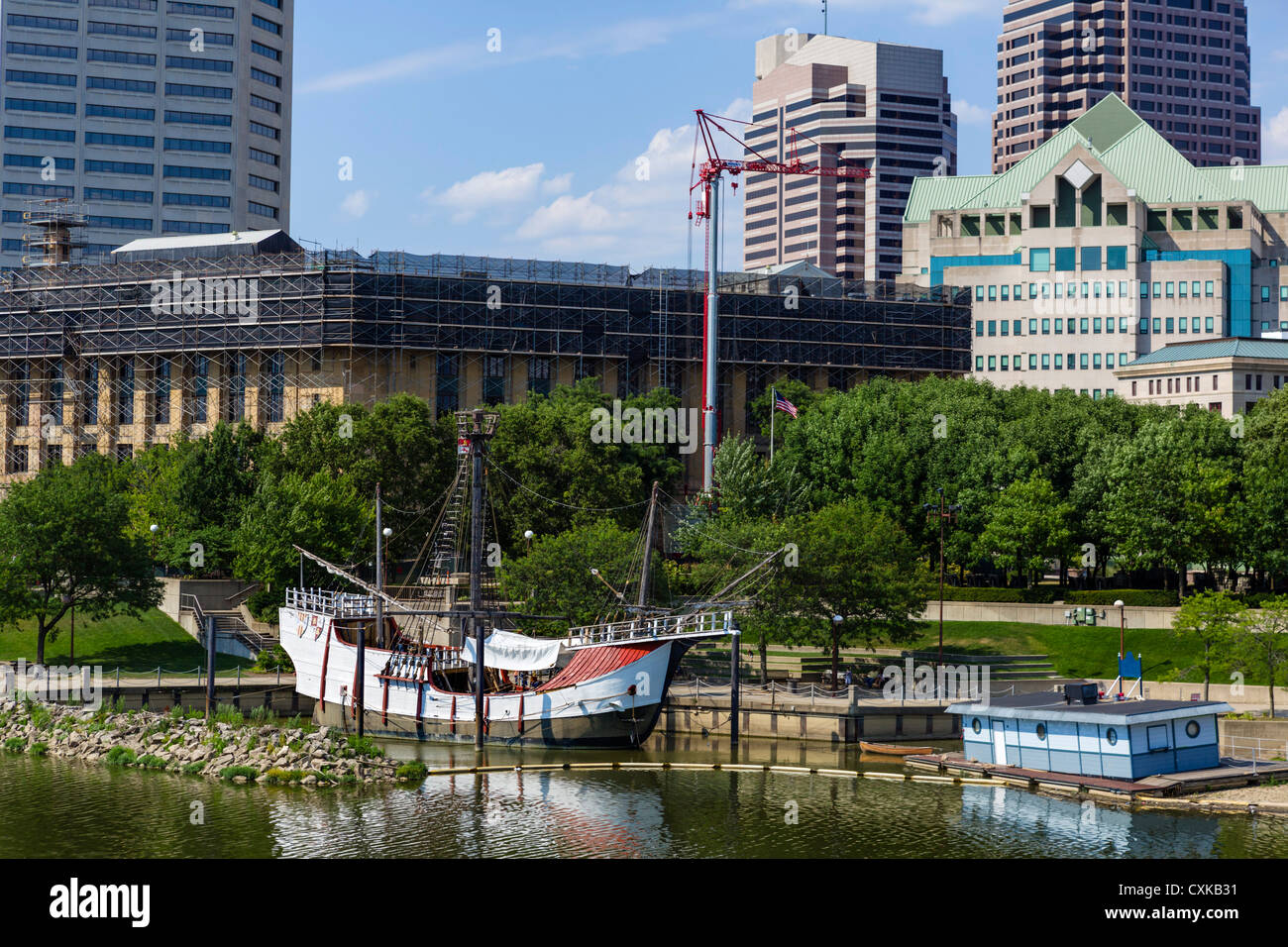 Replica of Christopher Columbus's ship the 'Santa Maria' on the Scioto River, Columbus, Ohio, USA - Stock Image