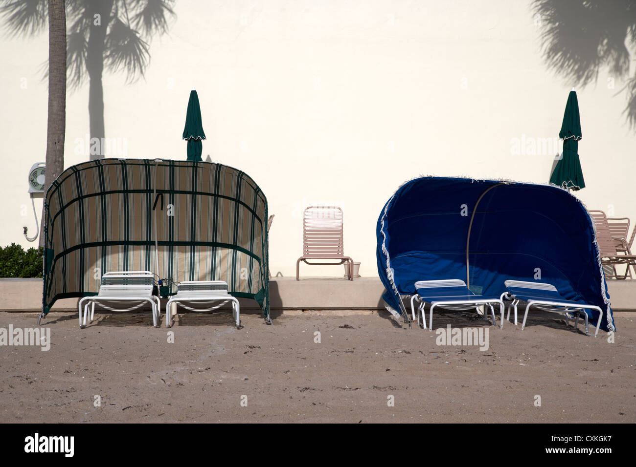 empty temporary beach cabanas sunshades on fort lauderdale beach florida usa - Stock Image