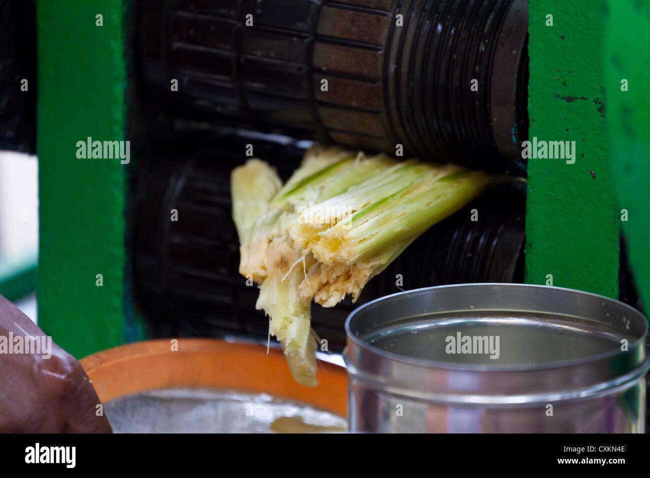 Sugar Cane Press in Kolkata - Stock Image