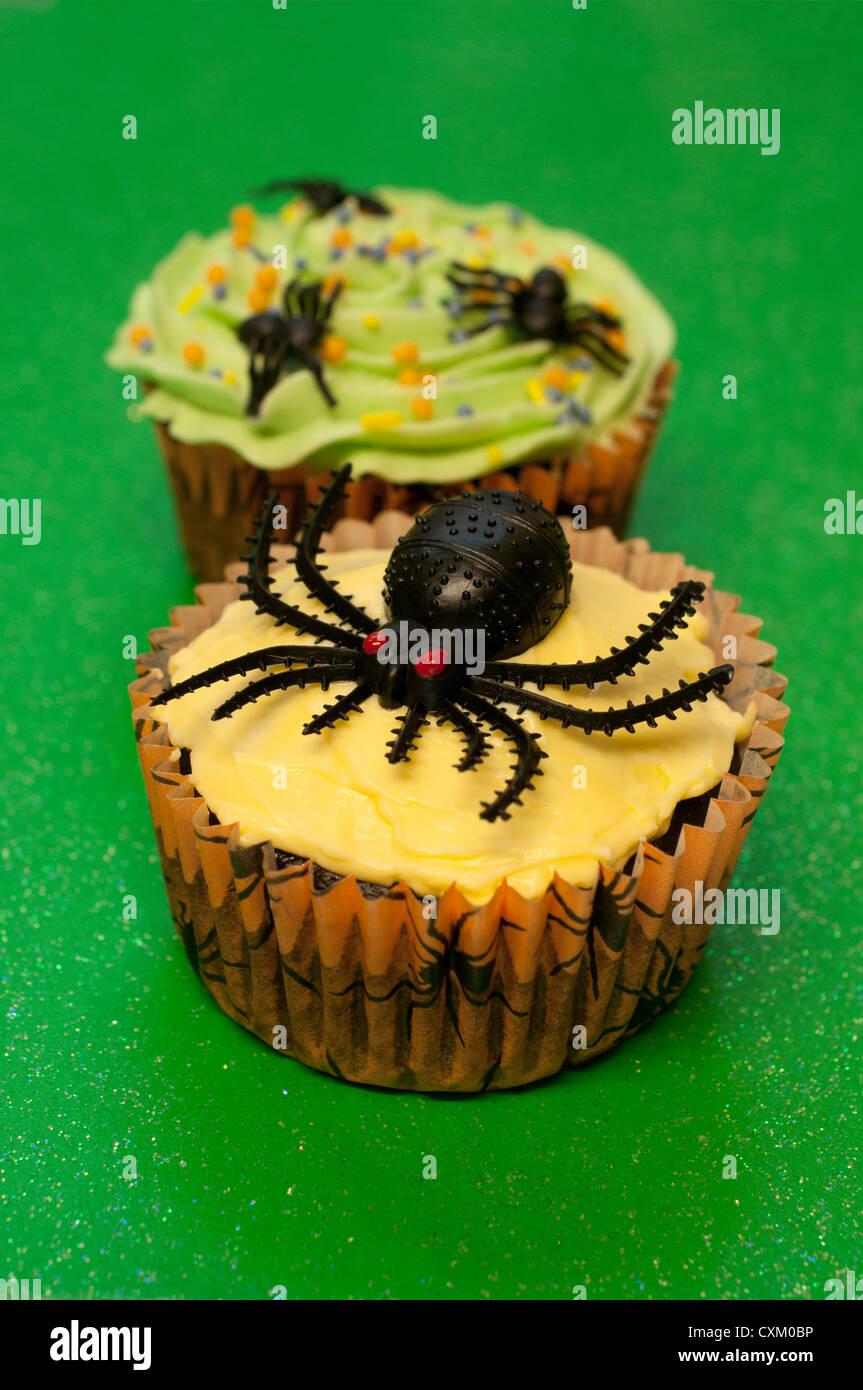 Halloween spider cupcakes - Stock Image