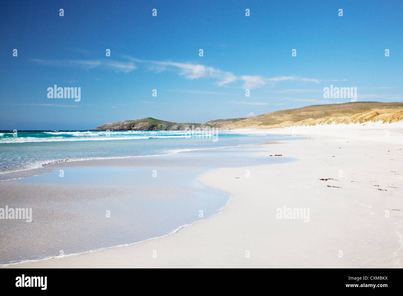 View across the white sandy beach of Traigh Eais, Barra, Outer Hebrides, Scotland UK - Stock Image