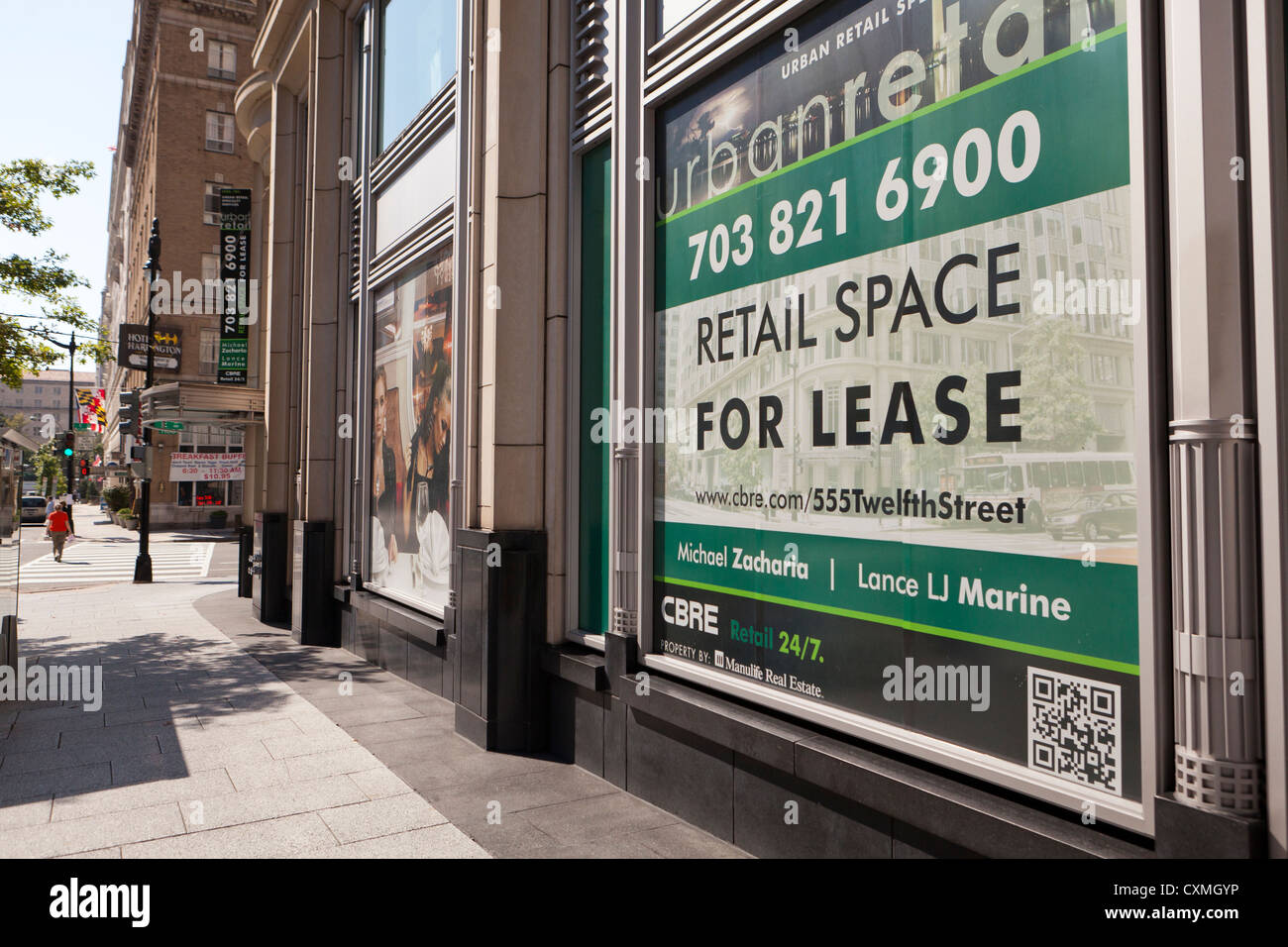 Retail Space for Lease sign - Stock Image