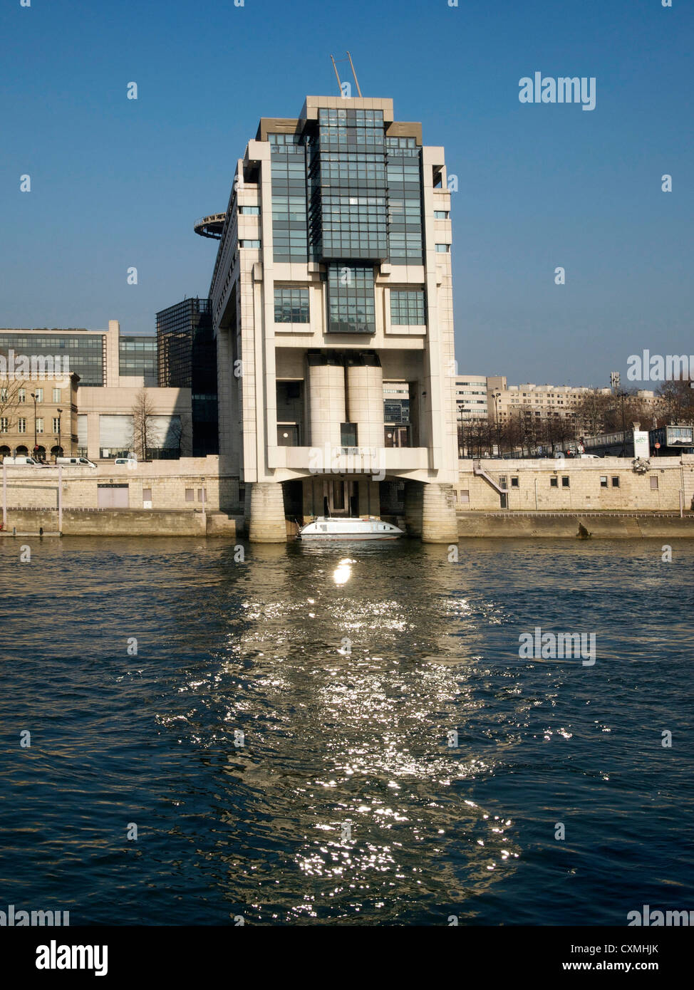 Ministry of Finance and the water entrance, Pont de Bercy, Seine, Paris, France, Europe - Stock Image