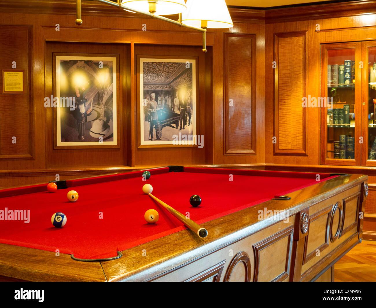Bombay Billiard Club On Radiance Of The Seas Cruise Ship Stock Photo - Cruise ship pool table