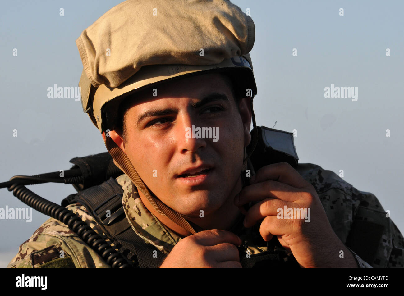 SAN FRANCISCO (Oct. 3, 2012) - Gunner's Mate 3rd Class (SW) Alfred Santacrose, Beach Master Unit 1, Beach Party - Stock Image