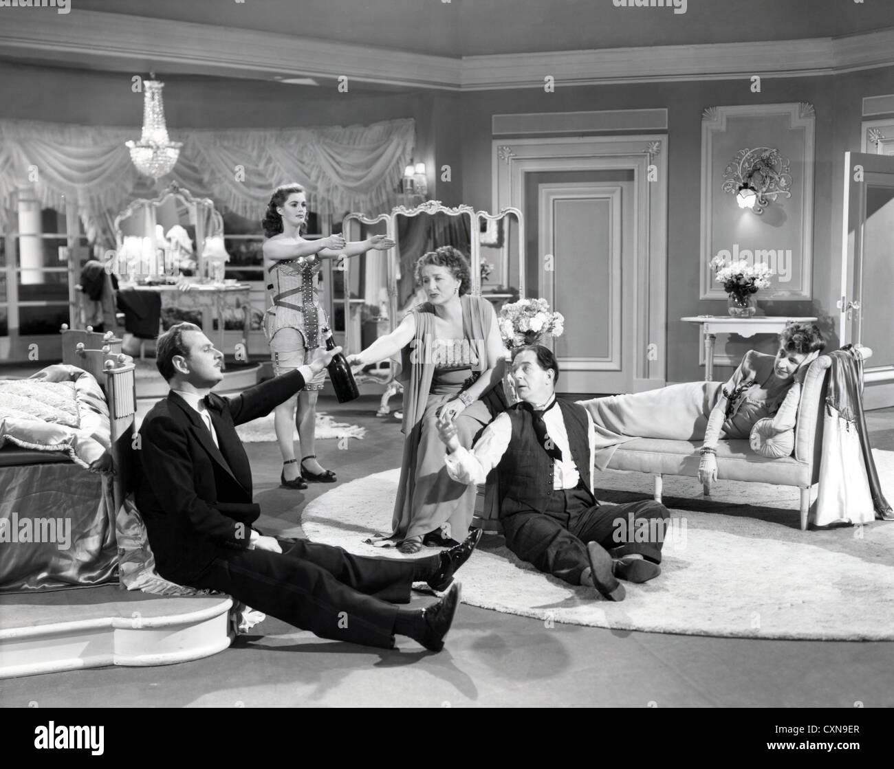 The Perfect Woman 1949 Stanely Holloway Patricia Roc Nigel