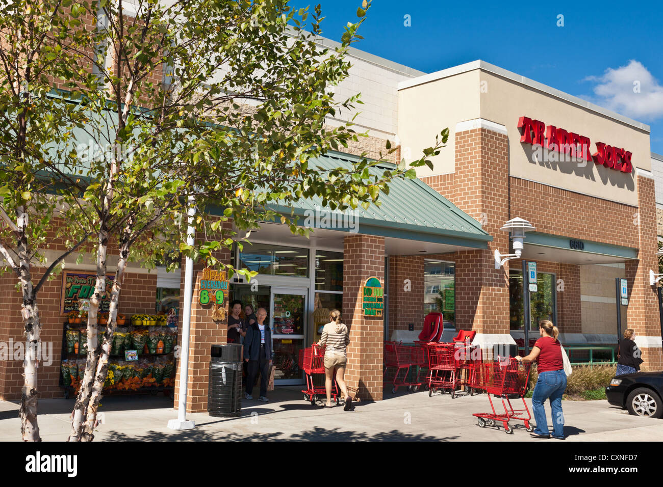 A Trader Joe's in Howard County, Maryland - Stock Image