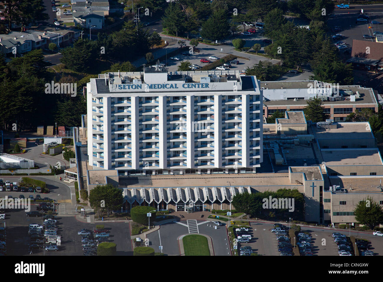 aerial photograph Seton Medical Center, Daly City, San Mateo county, California - Stock Image