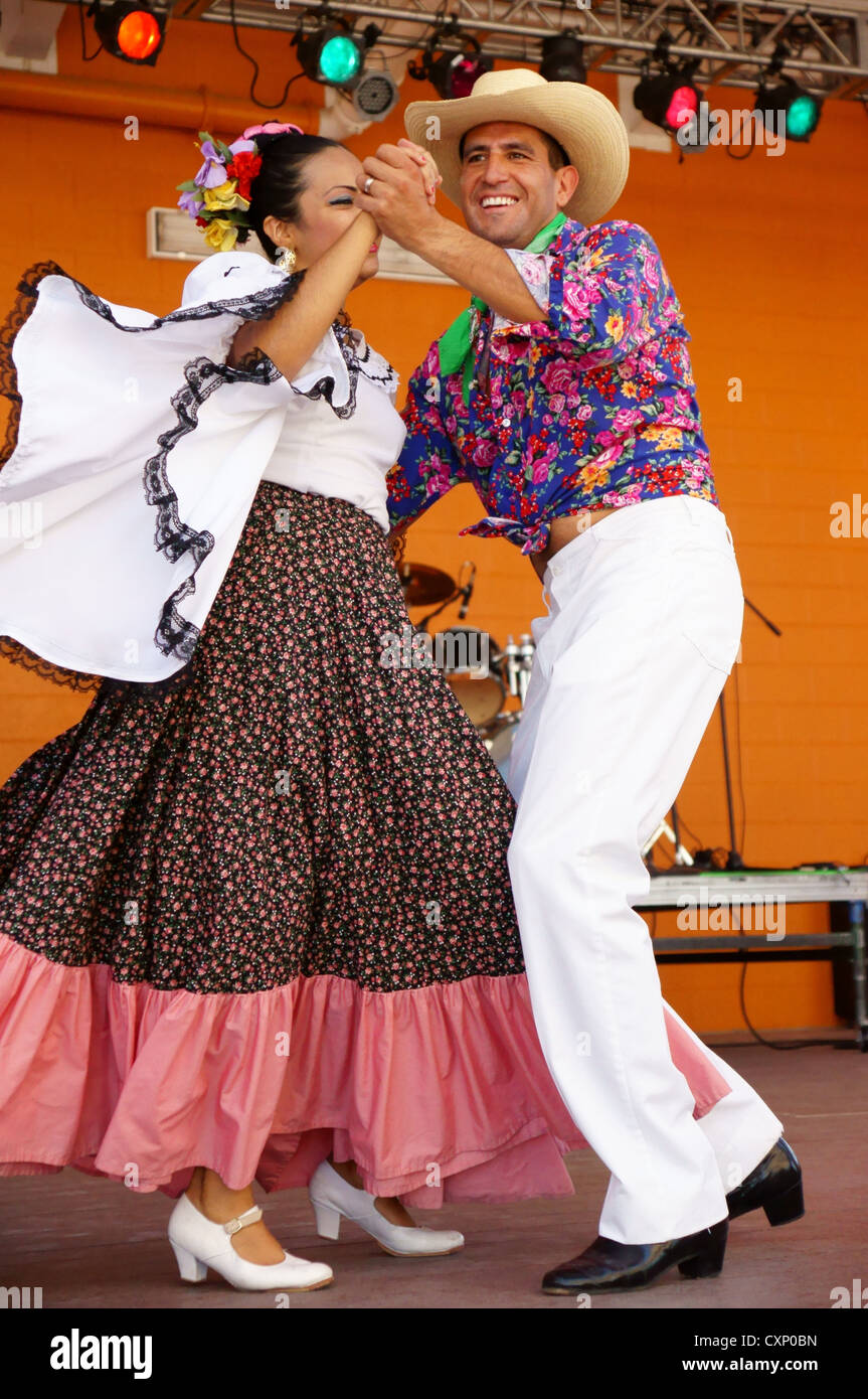 Folklorico Dancers Stock Photos Amp Folklorico Dancers Stock