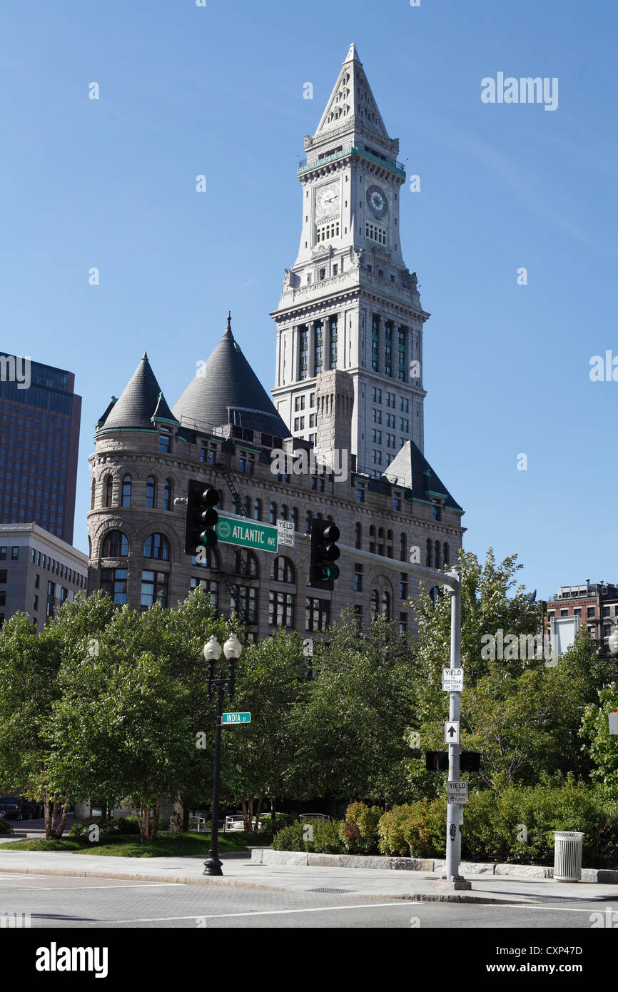 The Old Customs House Tower Now A Marriott Luxury Resort Hotel Seen Stock Photo Alamy