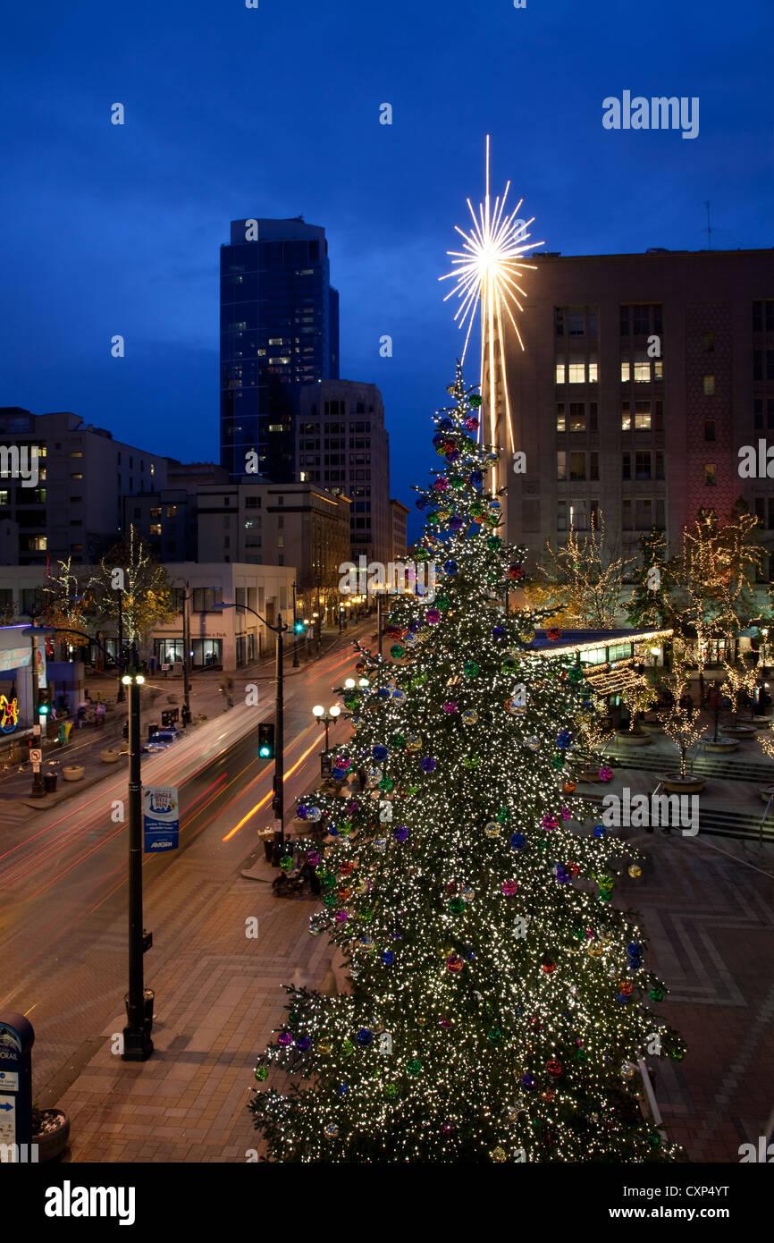 Washington Downtown Christmas Lights Stock Photos & Washington ...