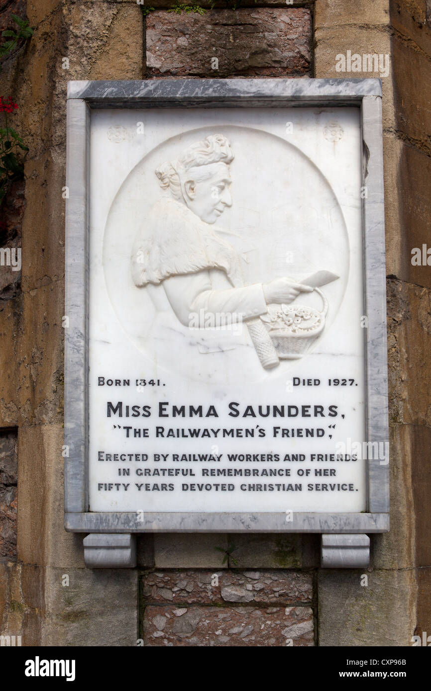 Miss Emma Saunders 'The Railwaymens Friend' Plaque at Bristol Temple Meads Station Stock Photo