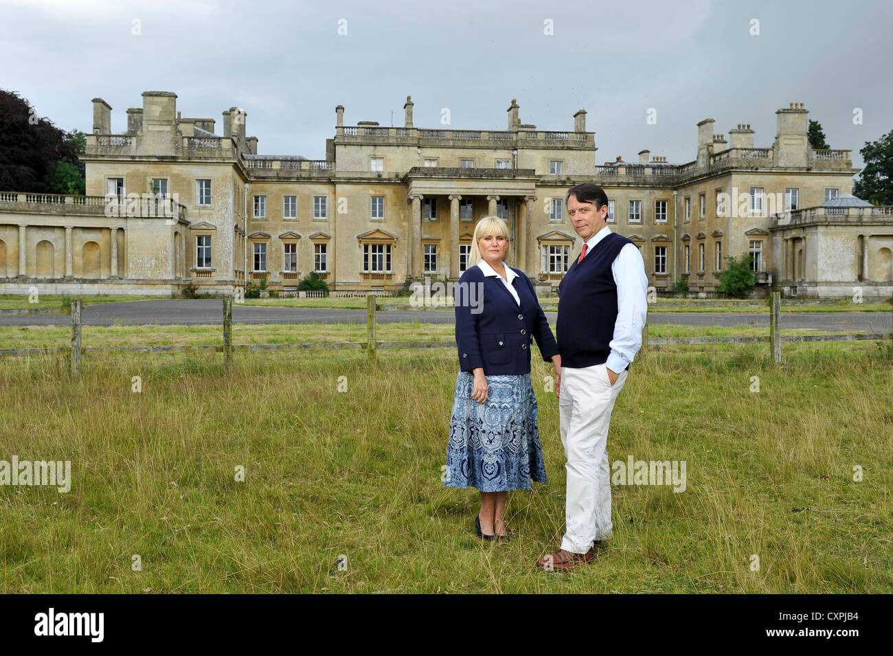 David Brudenell-Bruce Earl of Cardigan pictured with his second wife Joanne outside Tottenham House on the Severnake - Stock Image