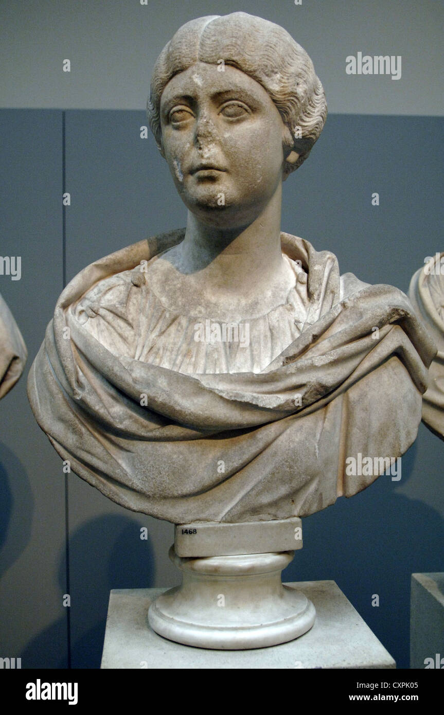 Marble bust of Faustina the Younger (125/130-175) or his daughter Lucilla (148/150-182). 162-170 AD. From Cyrene, - Stock Image