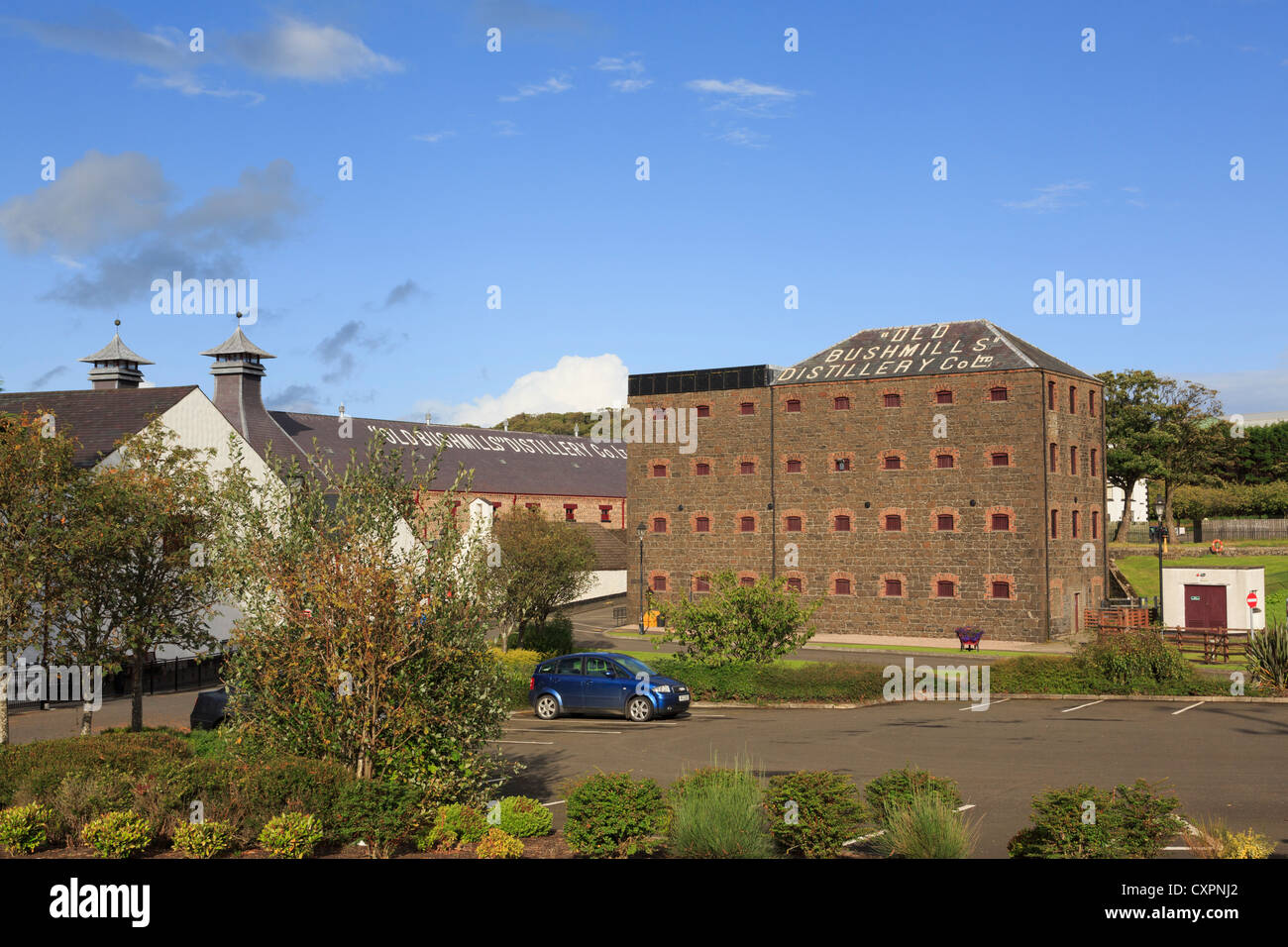 Old Bushmills Distillery Co Ltd distillers of Irish whiskey in Bushmills, County Antrim, Northern Ireland, UK - Stock Image