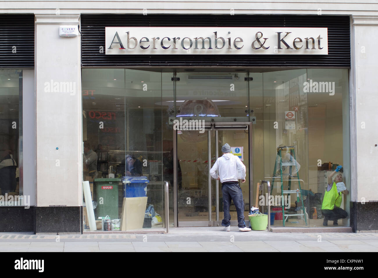 Abercrombie and Kent store central London being refurbished - Stock Image